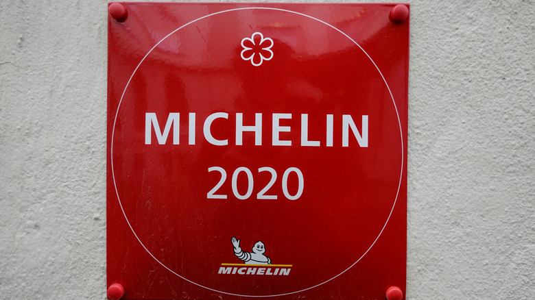 Michelin 2020 one-star plaque