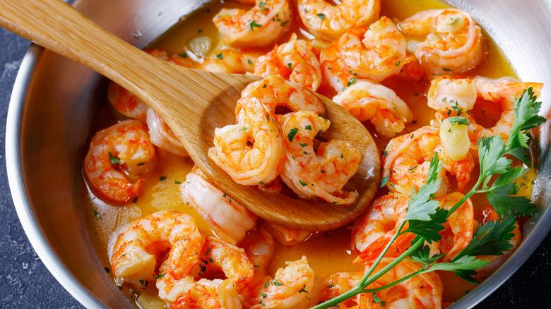 shrimp scampi closeup