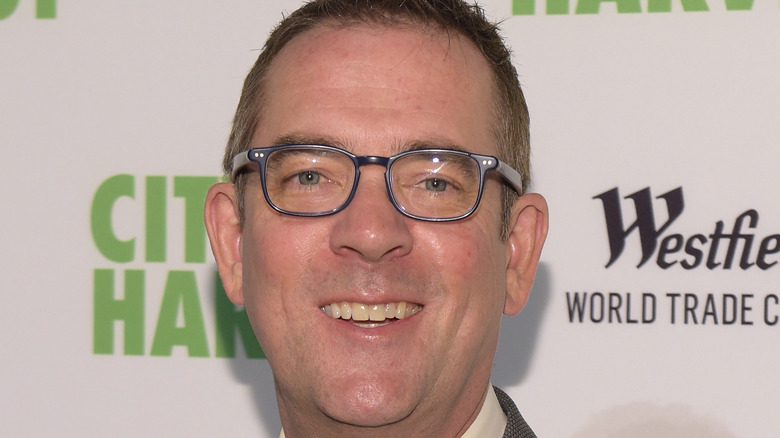 Ted Allen smiling at event