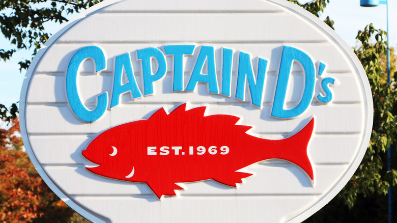 Captain D's signage with red fish