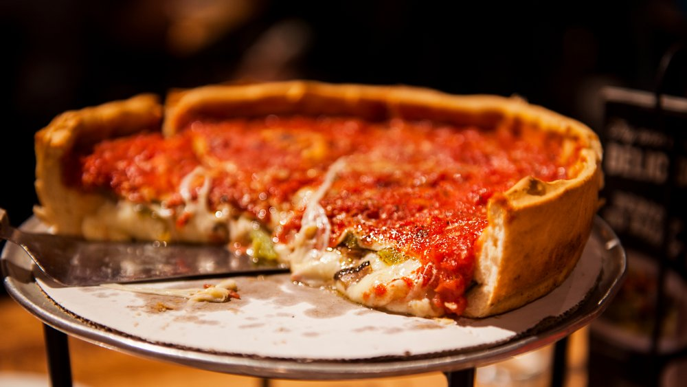 Chicago deep-dish pizza on a tray