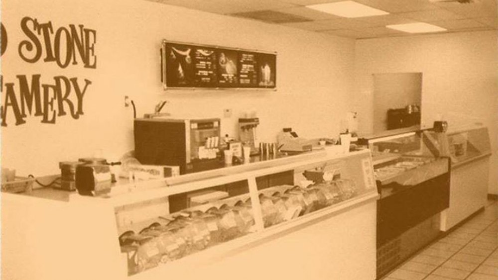 Original Cold Stone ice cream shop