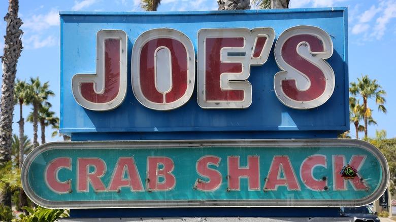 joe's crab shack sign