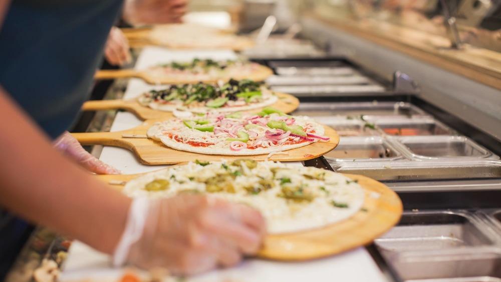 Pieology Pizza kithcen