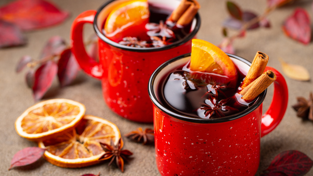 mulled wine in red mugs