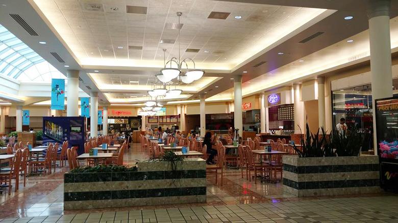 empty mall food court