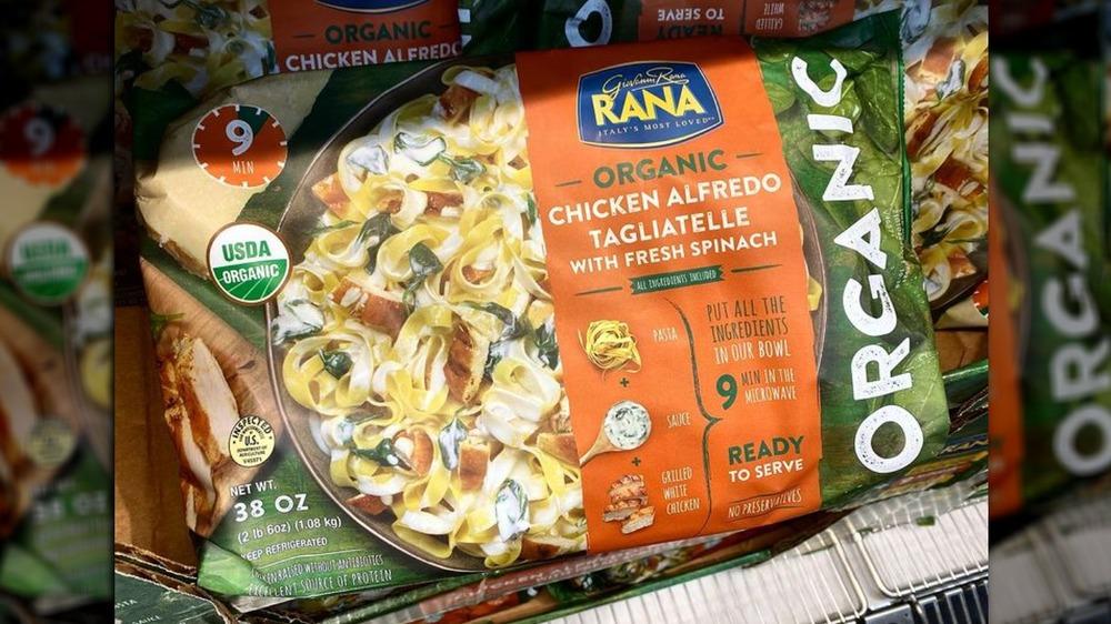Giovanni Rana's organic chicken alfredo tagliatelle with fresh spinach meal kit