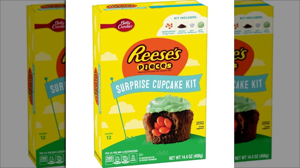 Reese's Pieces cupcake kit