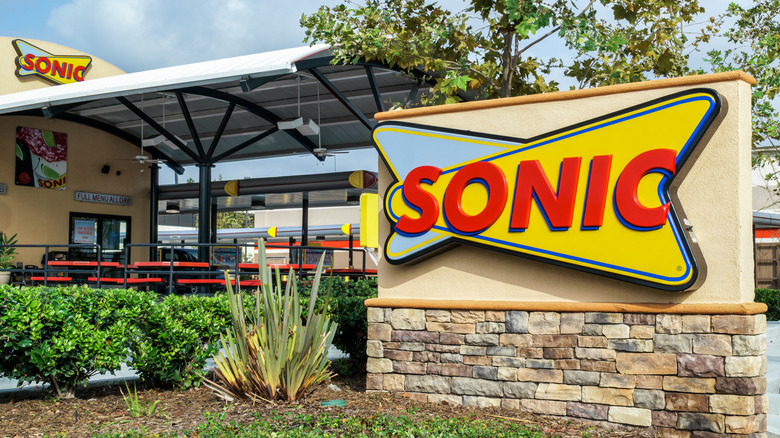 Sonic Drive-In sign and restaurant