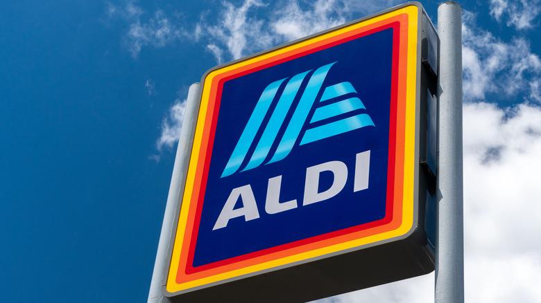 Aldi sign with blue sky