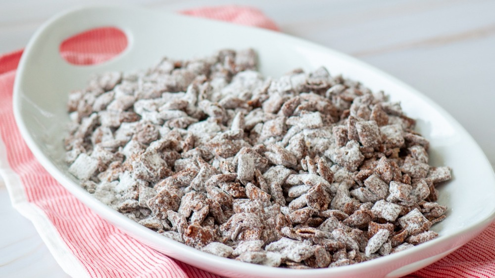 puppy chow on platter