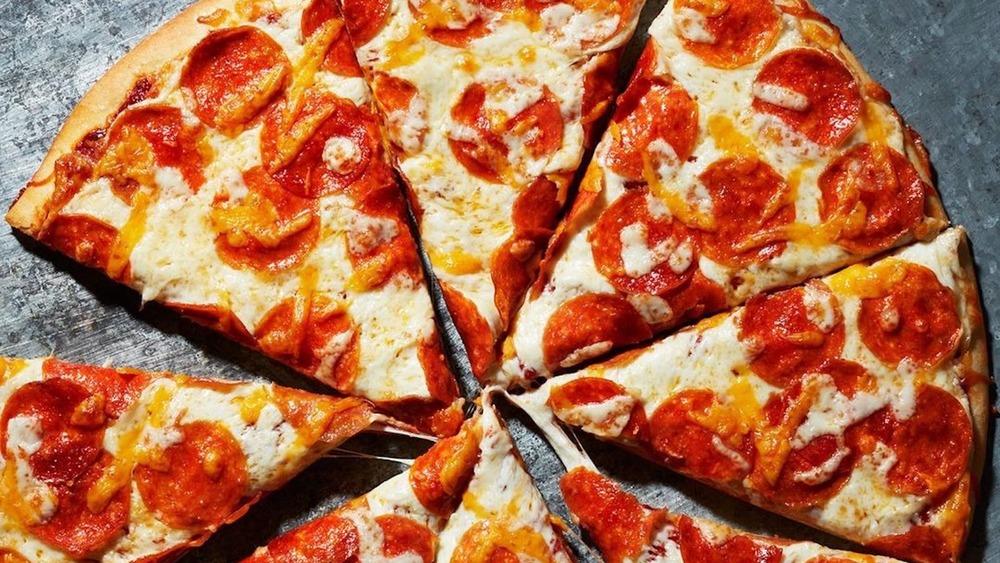 Papa Murphy's pepperoni pizza