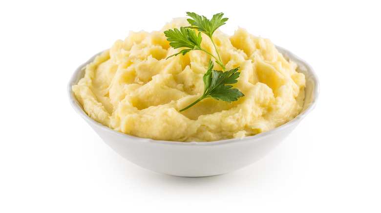 A generic of mashed potatoes
