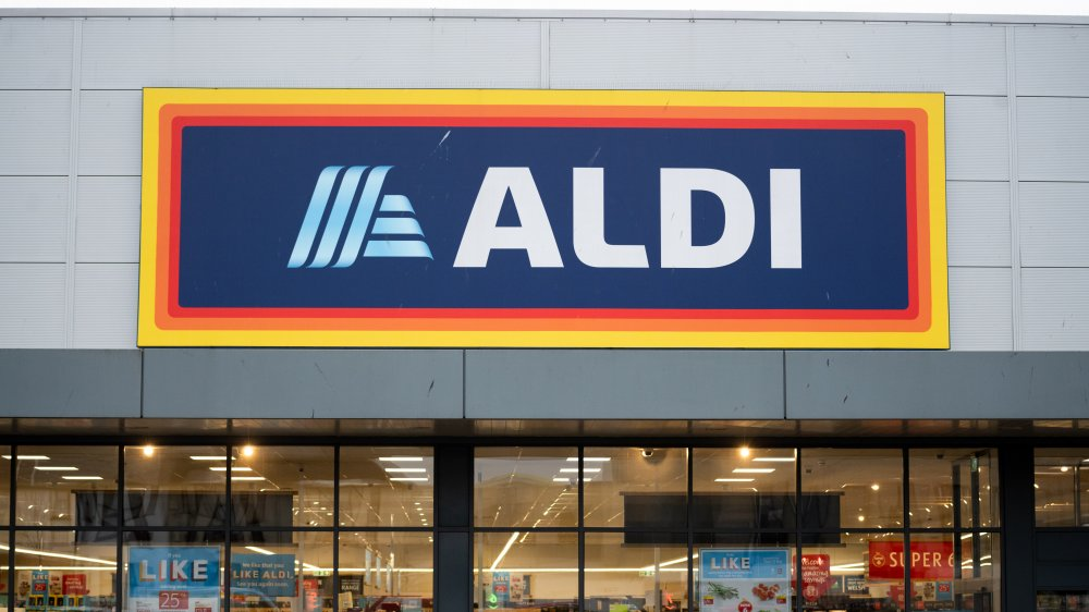 Aldi store front and sign