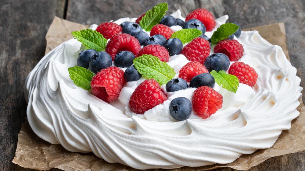 Pavlova dessert with berries