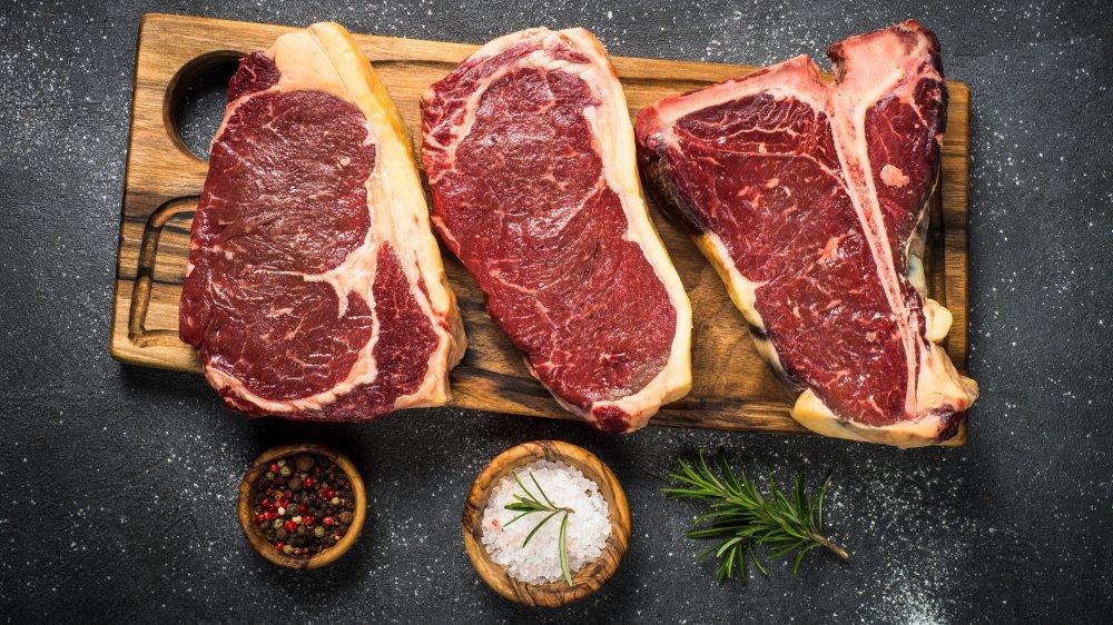 different cuts of steak