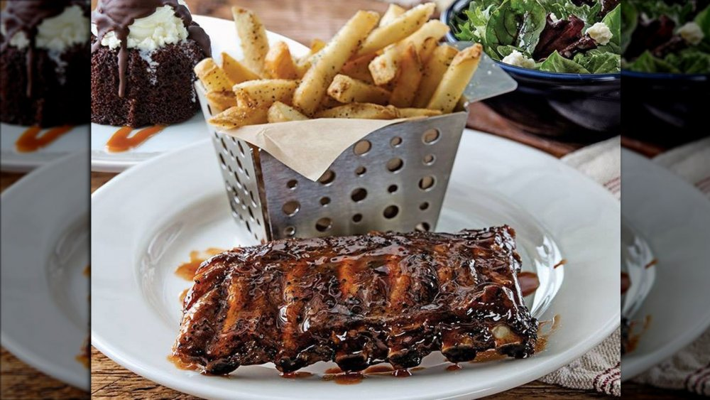 Chili's ribs and fries