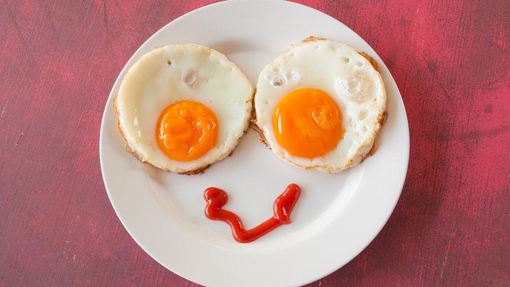 egg smileyface