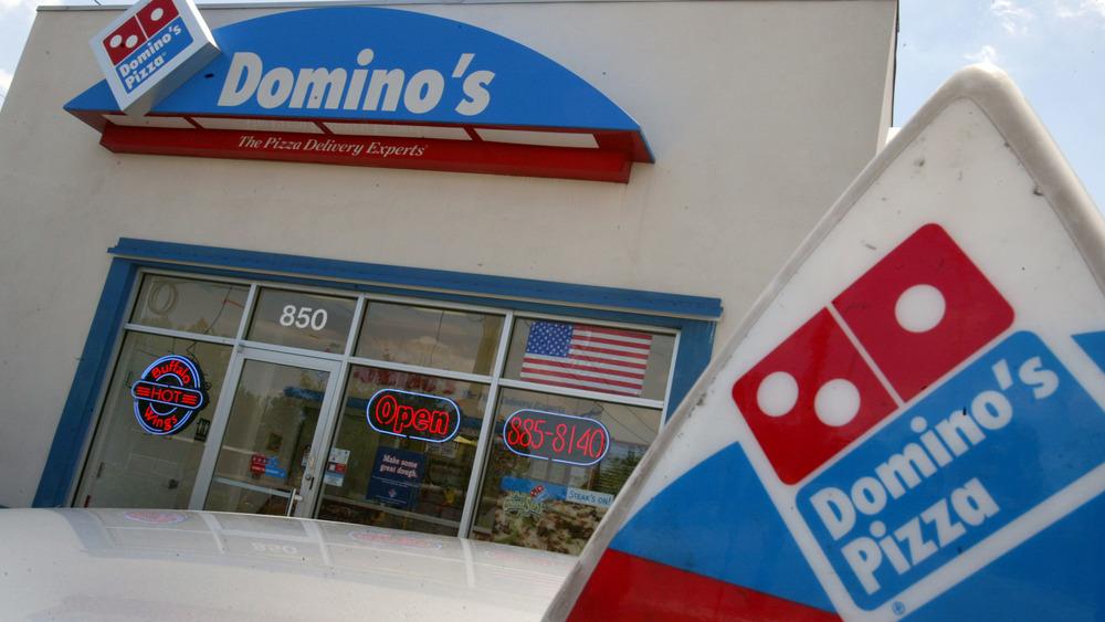 Domino's Pizza storefront
