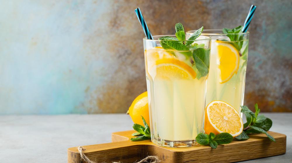 Two glasses of fresh lemonade