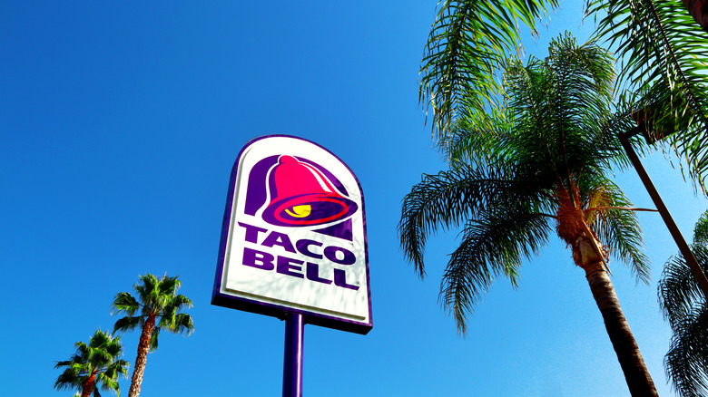 Taco Bell sign with palm trees