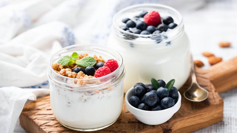 Yogurt with fresh berries and granola