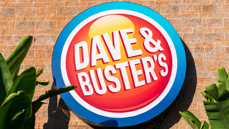 Dave and Buster's sign