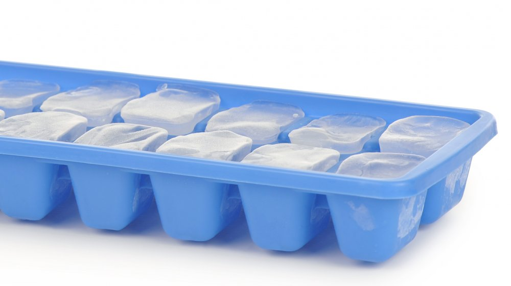 ice cube tray with ice cubes