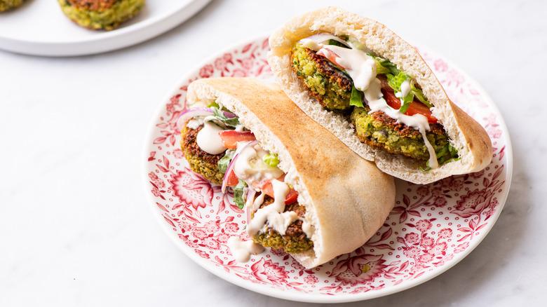 falafel sandwich on plate