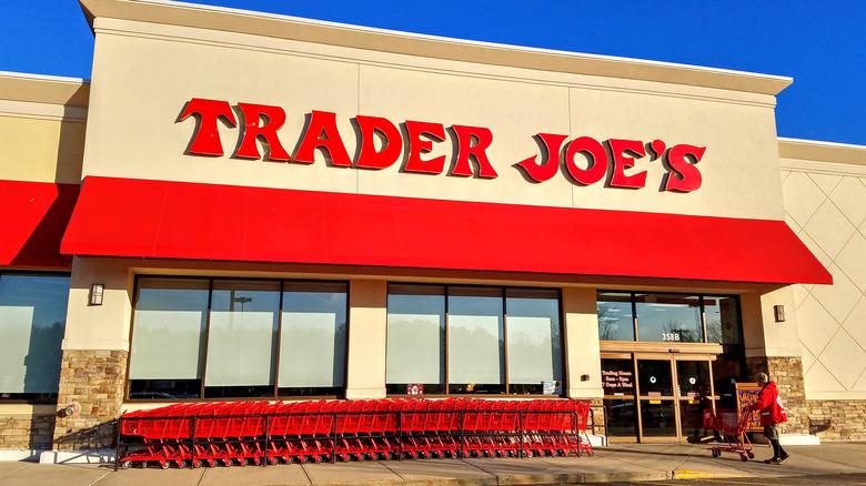 Front of Trader Joe's store
