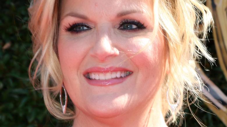 Trisha Yearwood smiling