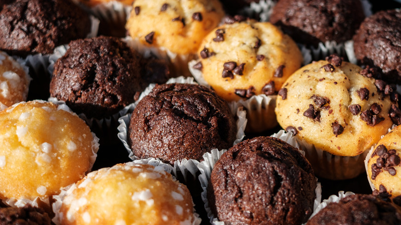 Rows of fresh chocolate chip muffins
