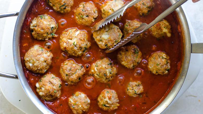 pot of turkey meatballs