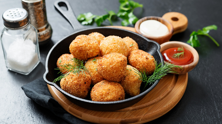 croquettes with sauces