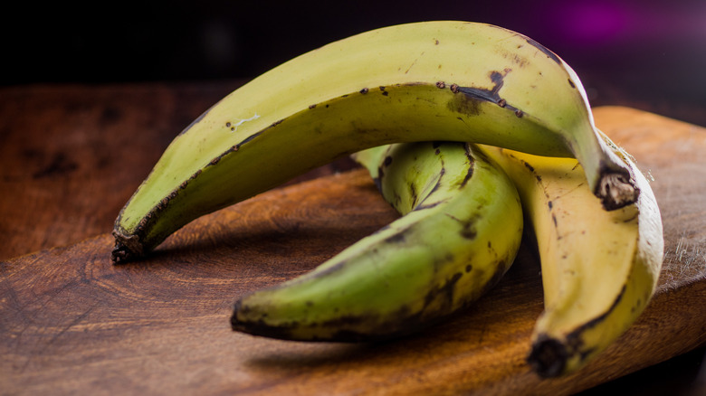 Green plantains on a table