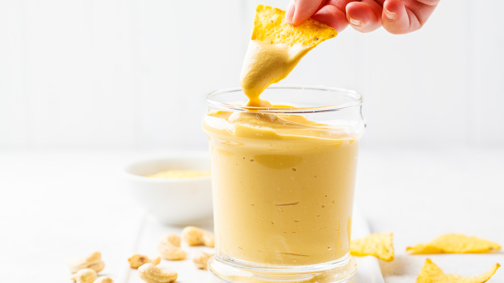 Dipping chip in cashew cheese
