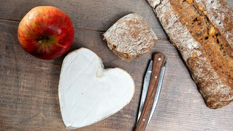 Heart-shaped Neufchâtel