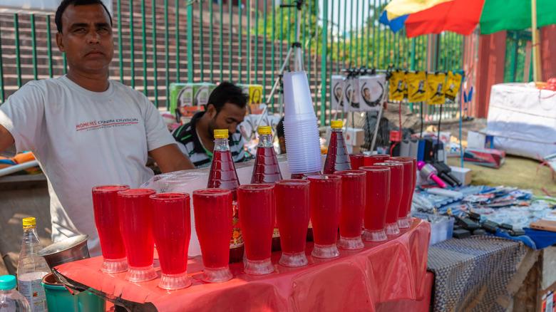 A rooh afza vendor in India