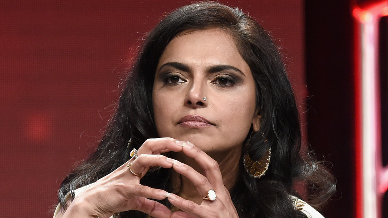 Maneet Chauhan puts fingers together