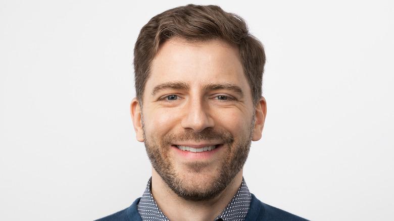 CEO 86 Repairs Daniel estrada headshot smiling