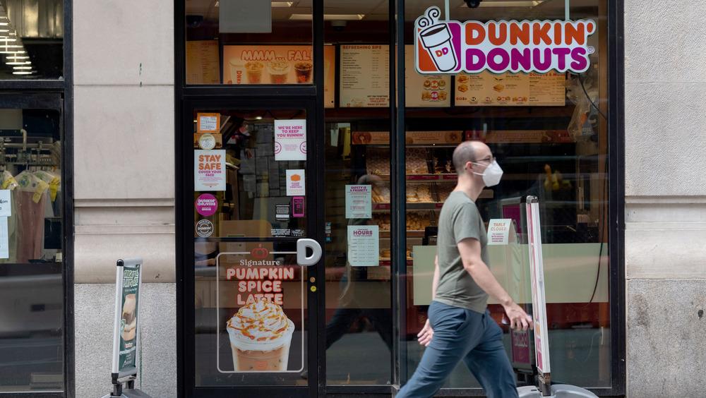 A Dunkin' Donuts location in Manhattan