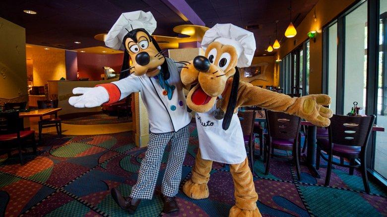 chef Pluto and chef Goofy