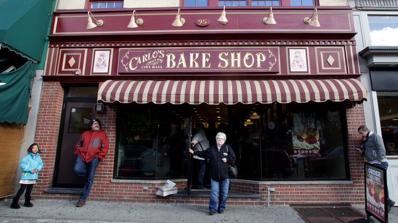 Carlo's Bakery storefront