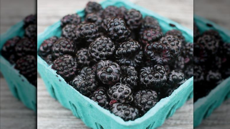 pint of black raspberries