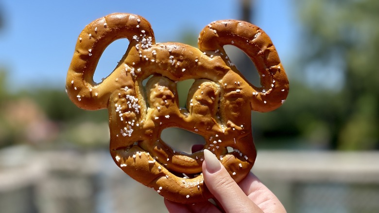 mickey head pretzel magic kingdom walt disney world