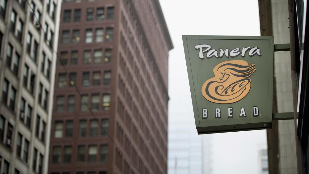 Panera Bread exterior sign