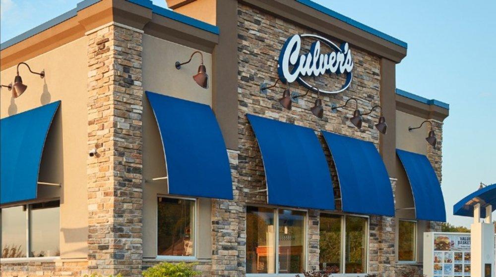 A Culver's restaurant that serves custard