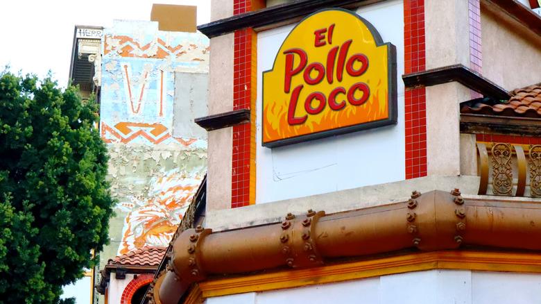 image of el pollo loco logo and restaurant