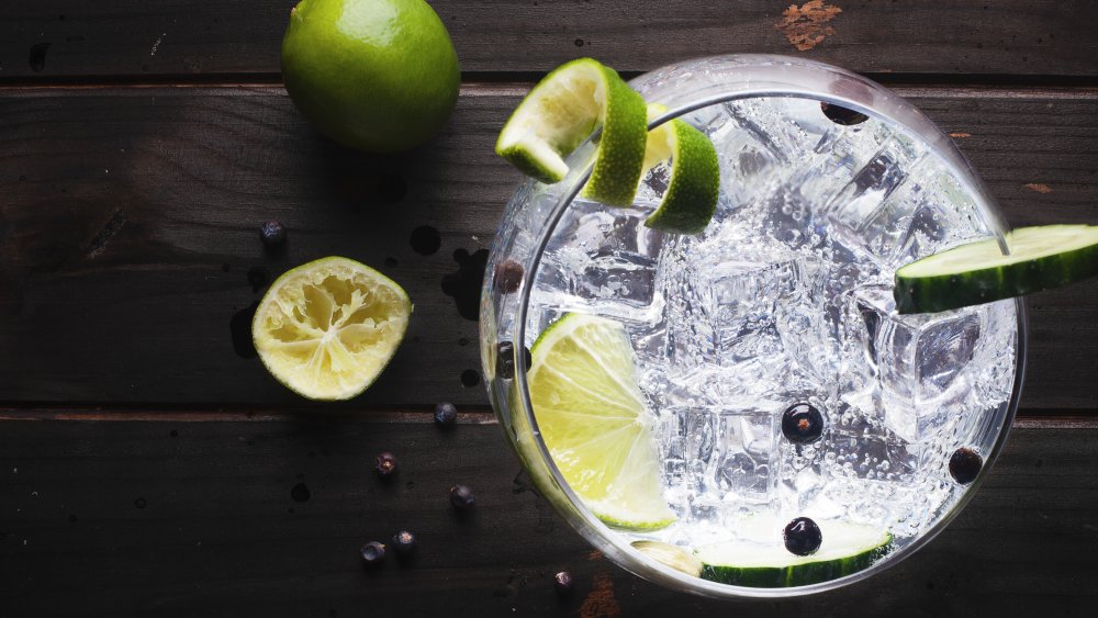 What you should know before drinking gin
