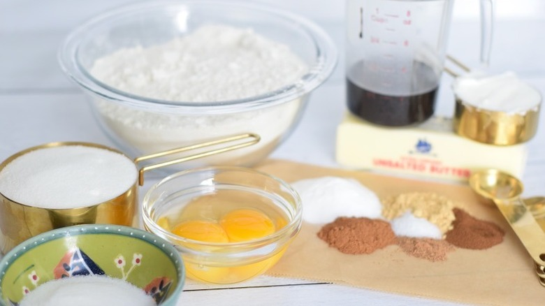 White Chocolate-Dipped Gingersnaps ingredients